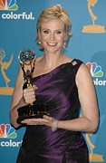 Academy Of Television Arts  Framed Prints - Jane Lynch In The Press Room Framed Print by Everett