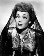 Portraits Posters - Jane Wyman, 1944 Poster by Everett