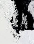 January 18, 2010 - Ross Sea, Antarctica Print by Stocktrek Images