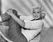 1950s Portraits Prints - Jayne Mansfield, Ca. Late 1950s Print by Everett