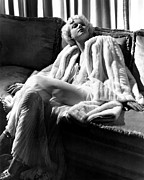 White Fur Prints - Jean Harlow In A White Gown And White Print by Everett