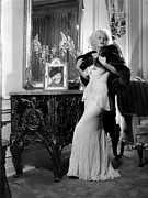 Fur Stole Prints - Jean Harlow With Photograph Print by Everett