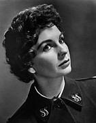 1950s Portraits Framed Prints - Jean Simmons, Ca. 1950s Framed Print by Everett