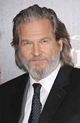 Jeff Bridges Art - Jeff Bridges At Arrivals For True Grit by Everett