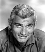 1950s Portraits Prints - Jeff Chandler, Ca. Late 1950s Print by Everett