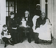 Grandparents Posters - Jefferson Davis With Family Poster by Photo Researchers