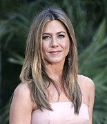 Hair Parted In The Middle Framed Prints - Jennifer Aniston At Arrivals For The Framed Print by Everett