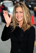 The Late Show With David Letterman Posters - Jennifer Aniston At Talk Show Poster by Everett