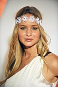 Hair Accessory Metal Prints - Jennifer Lawrence At Arrivals For 6th Metal Print by Everett