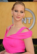 Hair Bun Metal Prints - Jennifer Lawrence Wearing An Oscar De Metal Print by Everett