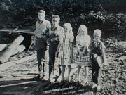 Kids Books Metal Prints - Jessee Family Photo Metal Print by Joan Shortridge