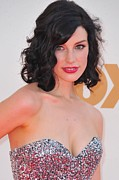 Curled Hair Art - Jessica Pare At Arrivals For The 63rd by Everett