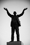 Statesman Framed Prints - Jim Larkin Statue Dublin Framed Print by Joe Fox