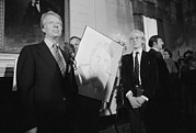Jimmy Carter With Andy Warhol Print by Everett