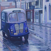 Rainy Street Painting Framed Prints - Jitney Ride in the Rain Framed Print by Suzn Smith