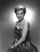 1950s Fashion Photo Metal Prints - Joan Fontaine, Ca. 1950s Metal Print by Everett