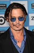 Johnny Depp Photos - Johnny Depp At Arrivals For 2009 Los by Everett