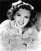 Frilly Prints - Judy Garland, 1943 Portrait Print by Everett
