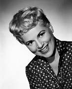 Holliday Prints - Judy Holliday, 1955 Print by Everett