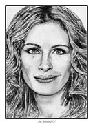 Grayscale Drawings - Julia Roberts in 2008 by J McCombie