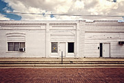 White Walls Metal Prints - Julias Cake Place in Slaton Texas Metal Print by Ilker Goksen