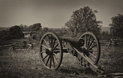 Jacksonville Framed Prints - July 1 1863 Gettysburg Framed Print by William Jones