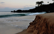 Beach Photograph Prints - Kaanapali Sunrise Wave Print by Kelly Wade