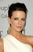 Elle Prints - Kate Beckinsale At Arrivals For 15th Print by Everett