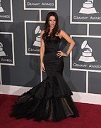 Evening Dress Framed Prints - Kate Beckinsale Wearing A Reem Acra Framed Print by Everett