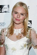 Lip Gloss Prints - Kate Bosworth Wearing A Dolce & Gabbana Print by Everett