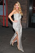 Silver Dress Prints - Kate Hudson Wearing Lanvin Gown Print by Everett