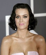 Pink Lipstick Prints - Katy Perry At Arrivals For Arrivals - Print by Everett