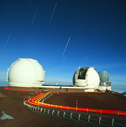 Hawai Prints - Keck I And Ii Observatories On Mauna Kea, Hawaii Print by David Nunuk