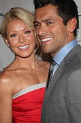 Kelly Photo Framed Prints - Kelly Ripa, Mark Consuelos At Arrivals Framed Print by Everett