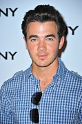 Dkny Posters - Kevin Jonas At Arrivals For Dkny Poster by Everett