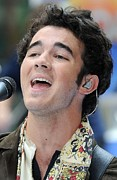 Rockefeller Plaza Art - Kevin Jonas At Talk Show Appearance by Everett