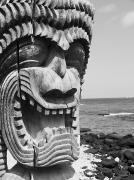 Kahuna Photos - Kii Statue by Ron Dahlquist - Printscapes