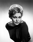 Kim Novak Metal Prints - Kim Novak, Columbia Pictures, 1956 Metal Print by Everett