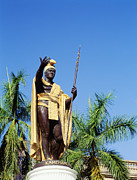 Aliiolani Photos - King Kamehamea by Greg Vaughn - Printscapes
