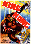 Fay Photos - King Kong, King Kong Holding Fay Wray by Everett