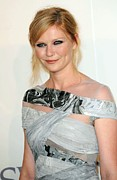 Peach Dress Prints - Kirsten Dunst At Arrivals For The 2009 Print by Everett