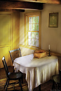 Table Cloth Metal Prints - Kitchen - The empty basket Metal Print by Mike Savad
