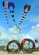 Kites Metal Prints - Kite Festival at Lincoln City Oregon Metal Print by Margaret Hood