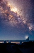 Steward Prints - Kitt Peak Observatory And Milky Way Print by David Nunuk