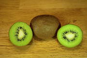 Michael Sweet Originals - Kiwi Kiwi and more Kiwi by Michael Waters