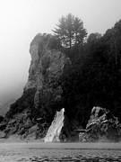 Klamath River Inlet Print by Rick Mutaw