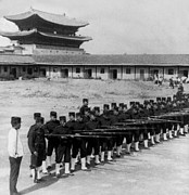 Royal Palace Prints - Korean Soldiers at the Old Royal Palace in Seoul - c 1904 Print by International  Images