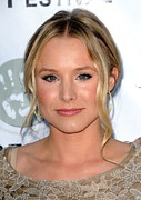 Pink Lipstick Framed Prints - Kristen Bell At Arrivals For Artivist Framed Print by Everett