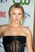 Strapless Dress Photo Posters - Kristen Bell At Arrivals For Cbs, The Poster by Everett