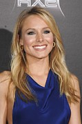 Kristen Bell Photo Prints - Kristen Bell At Arrivals For Scream 4 Print by Everett